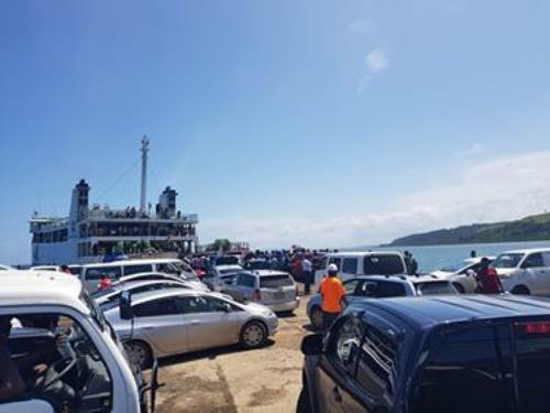 Chaos at the Nabouwalu jetty in Bua this morning. Picture: SUPPLIED